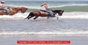 SAN-JUAN-del-SUR-BEACH-HORSE-BACK