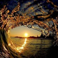 TUBE-WAVE-SUNSET-NICE